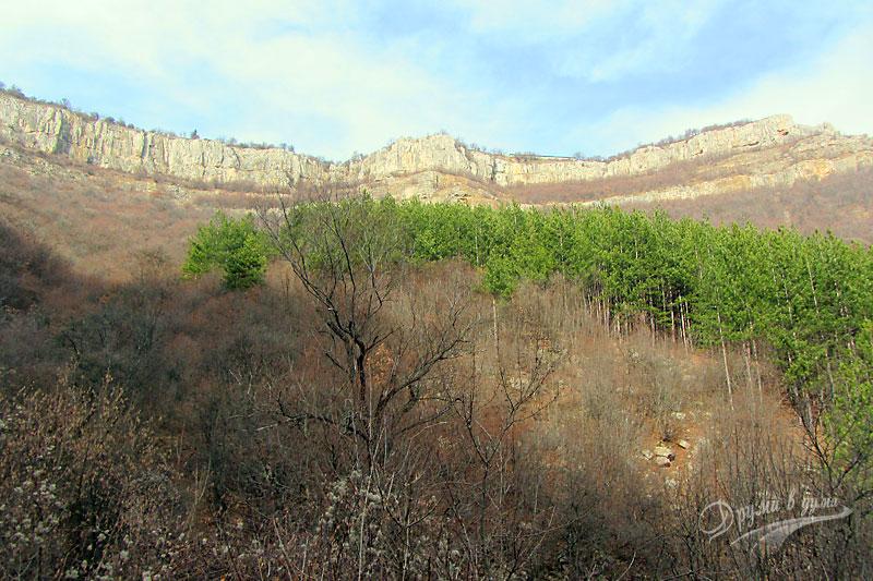 около водопад Скакля