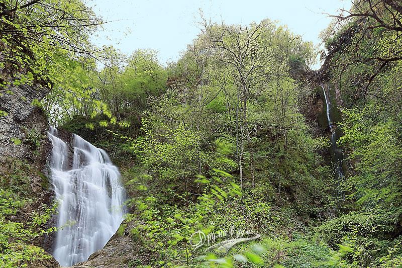Тетевен: двата водопада