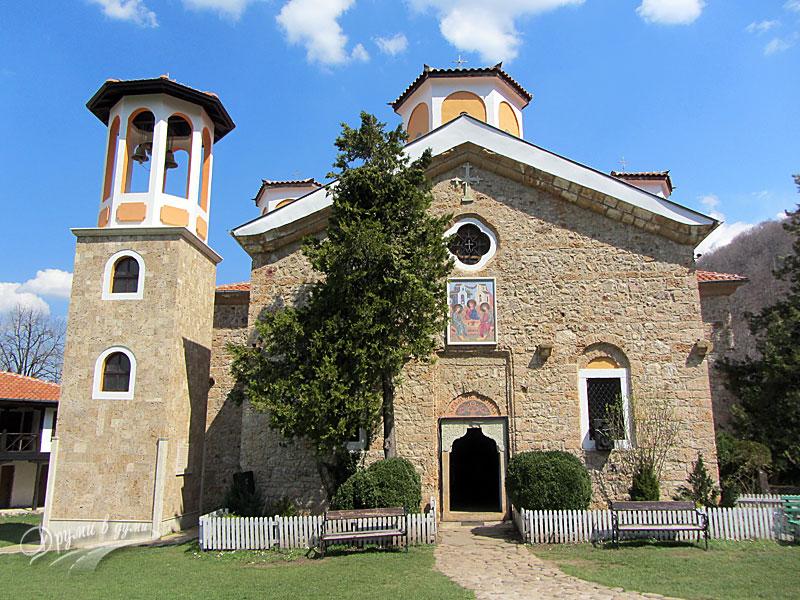 """Етрополски манастир """"Света Троица"""" - църквата"""