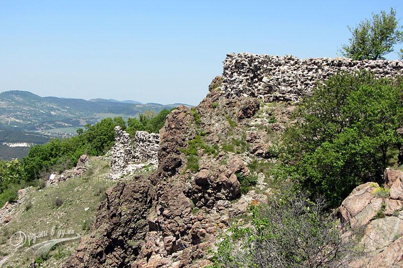 Крепостта Моняк край Кърджали