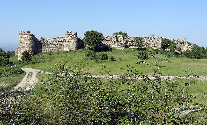 Средновековна Византийска крепост в село Мезек