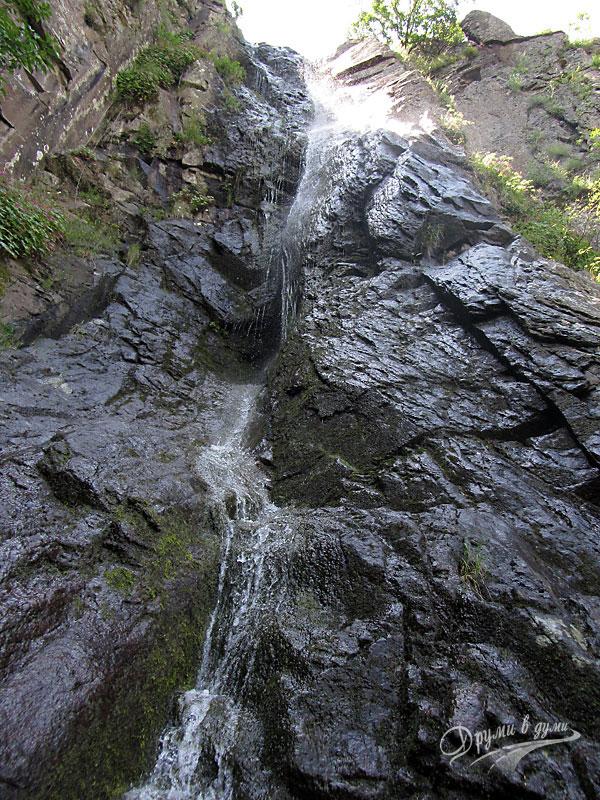 Устински водопад