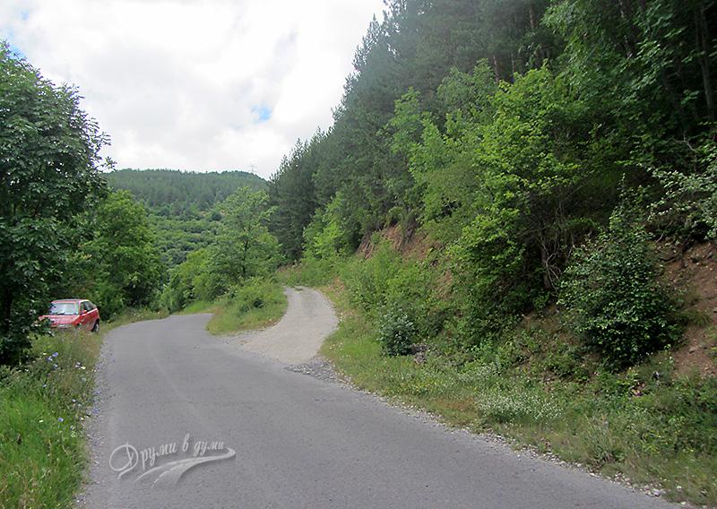 Отбивката от село Брезе към село Добравица