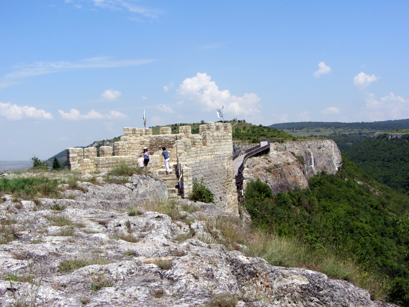 Крепостта Овеч в Провадия