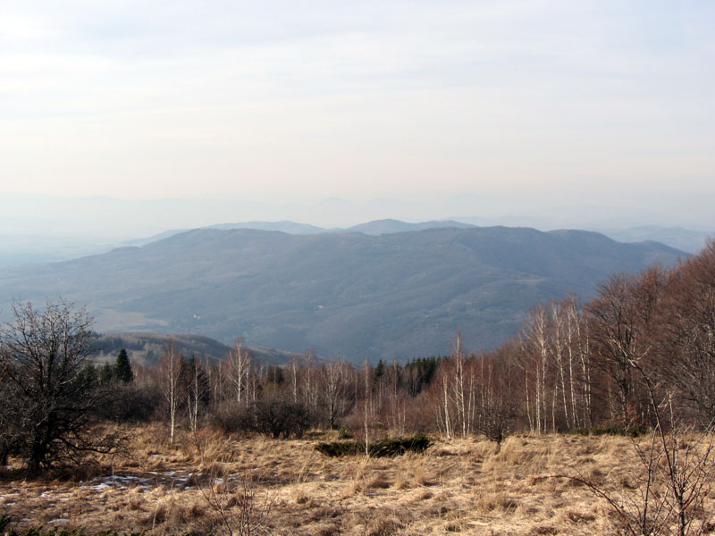 От Златните мостове до Копитото на Витоша - панорамна гледка към Люлин планина