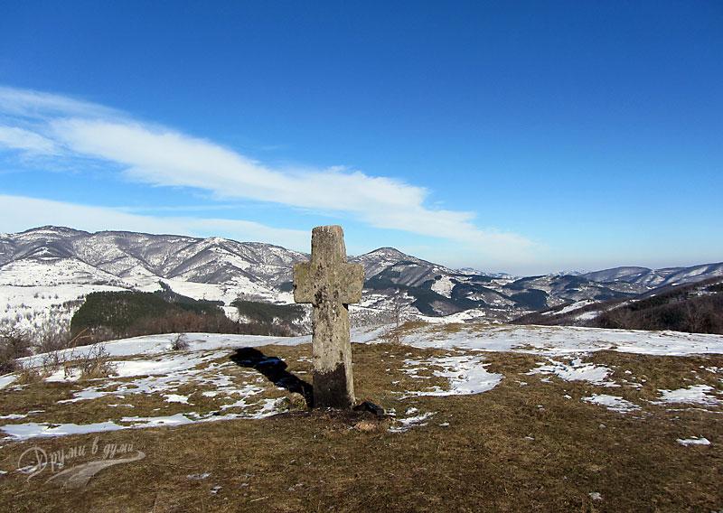 Гушовски манастир край Чипровци – Каменният кръст