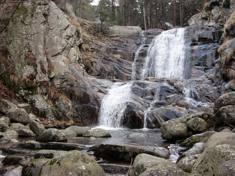 Водопад Попина лъка