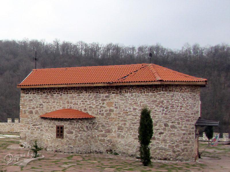 Гигински манастир - старата църква