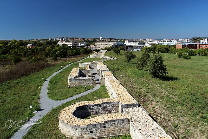Южната стена