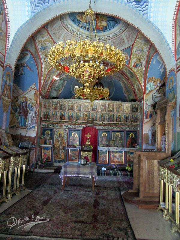 """Правешки манастир """"Свети Теодор Тирон"""""""