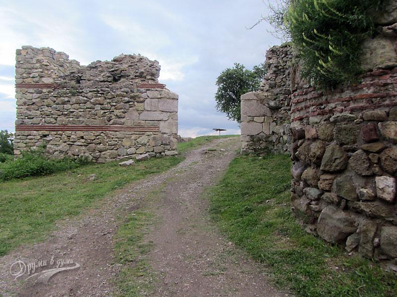 Крепостта в Мезек
