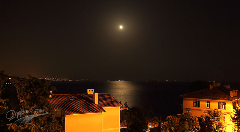Opatija: our night view of to the sea