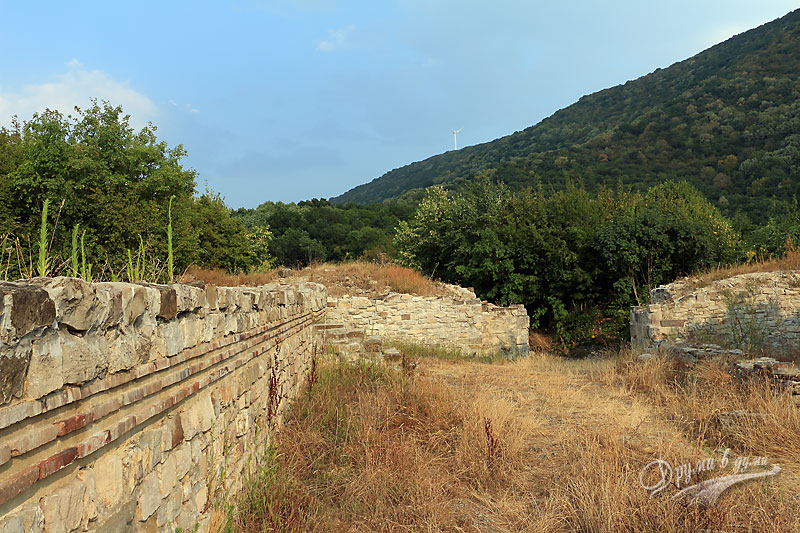 Останки от древния град Мисионис