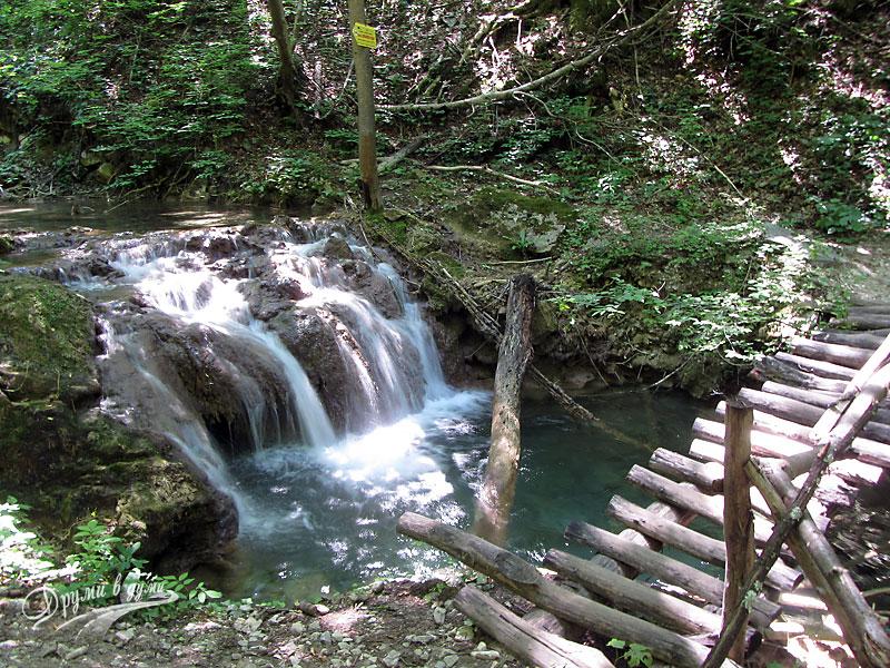 Екопътеки в Родопите с множество водопади