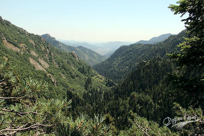 Каньон на водопадите: панорама към Смолян