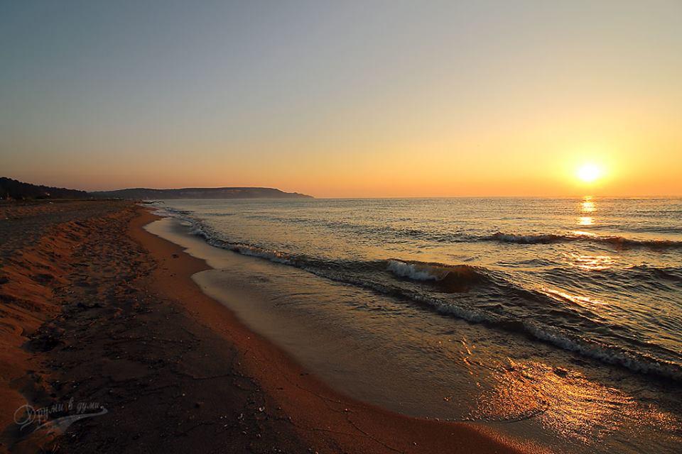 Изгрев над плаж Камчия