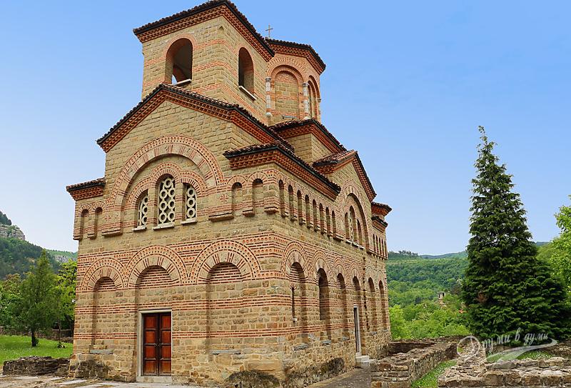 """Велико Търново: църквата """"Св. Димитър"""""""