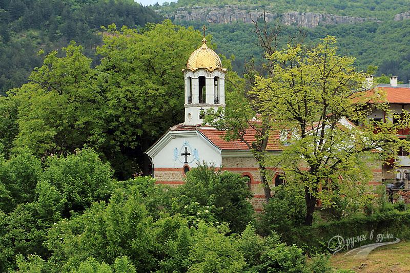 """Велико Търново: църквата """"Успение на Пресвета Богородица"""""""
