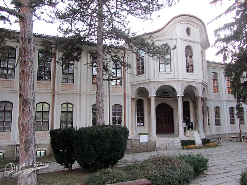 Велико Търново: Сградата на Първото народно събрание