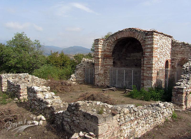 Мелник: базиликата Свети Никола