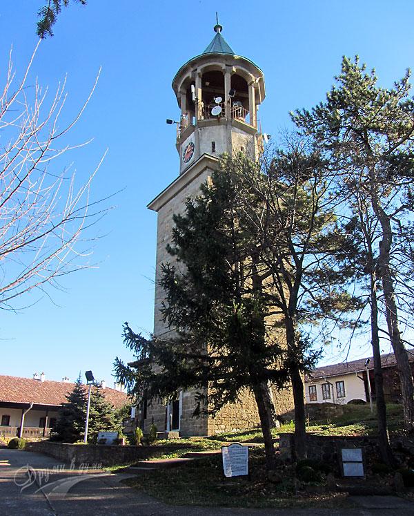 Петропавловски манастир: камбанарията