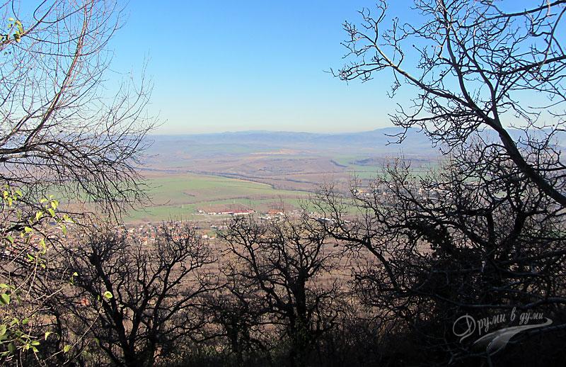 Петропавловски манастир: панорамна гледка