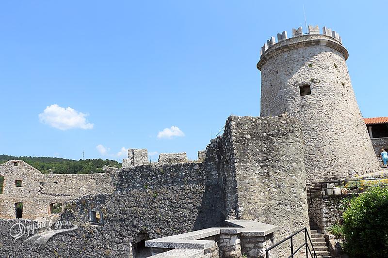 Крепостта Търсат: главната кула