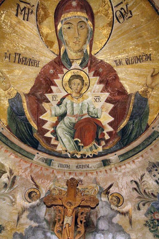 Стенописът на св. Богородица в купола