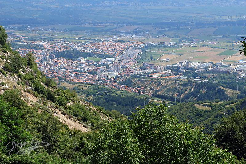 Делчево: панорамна гледка към град Гоце Делчев