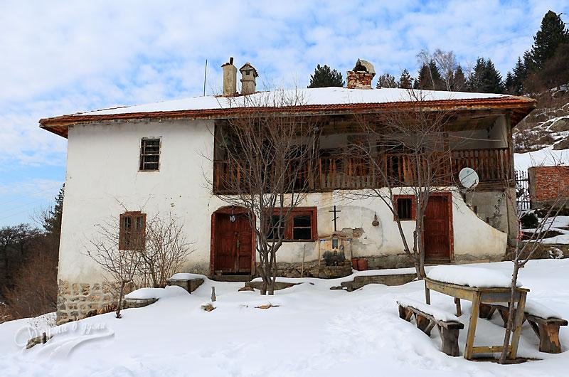 Кладнишки манастир: една от сградите