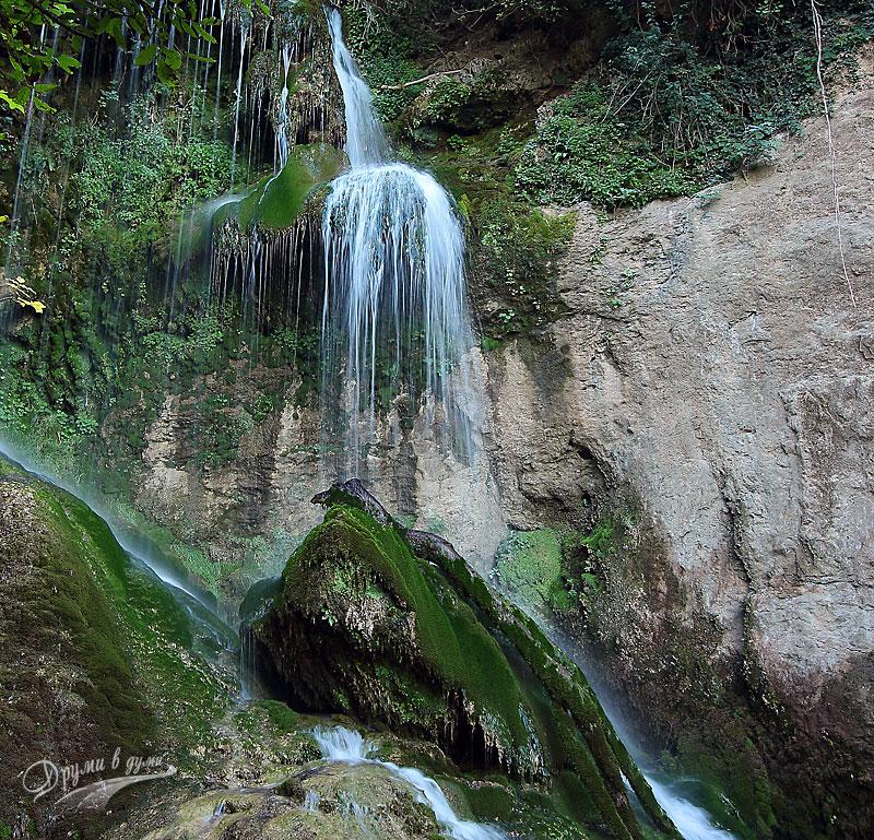 Крушунските водопади: горната част на каскадата