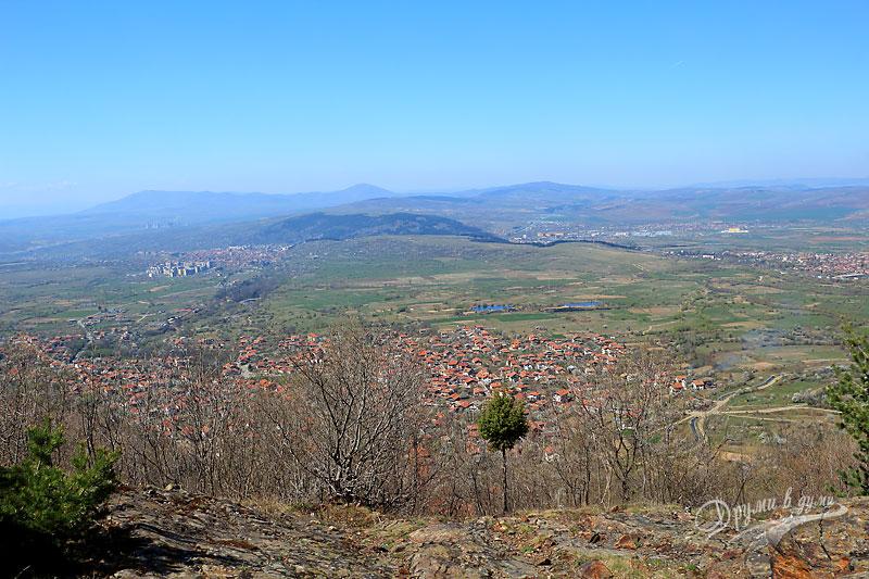 Панорамна гледка от скалистото плато