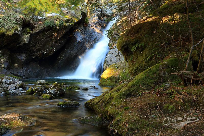 Бистришки водопад: един от горните падове