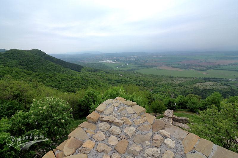 Крепостта Хоталич