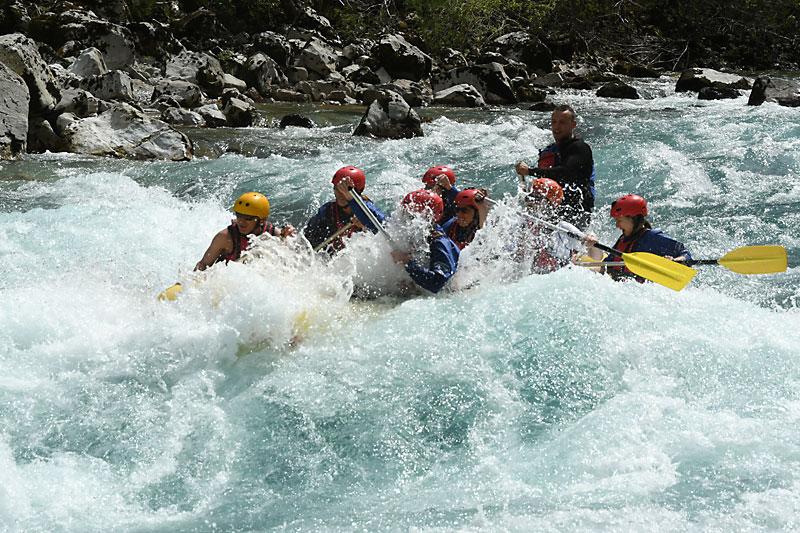 Пролетни водни приключения: рафтинг по реките Тара и Дрина
