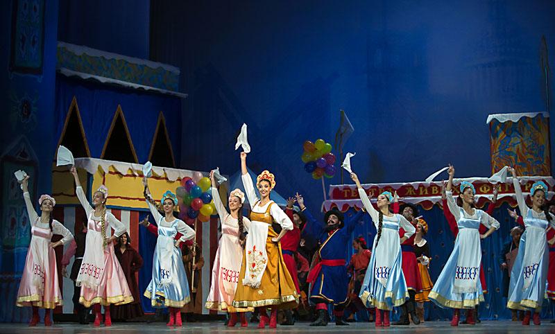 Балетът Петрушка. Снимка: Софийска опера и балет