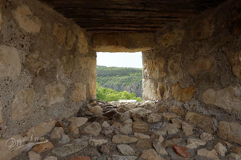 Крепост Червен: поглед от голямата бойна кула