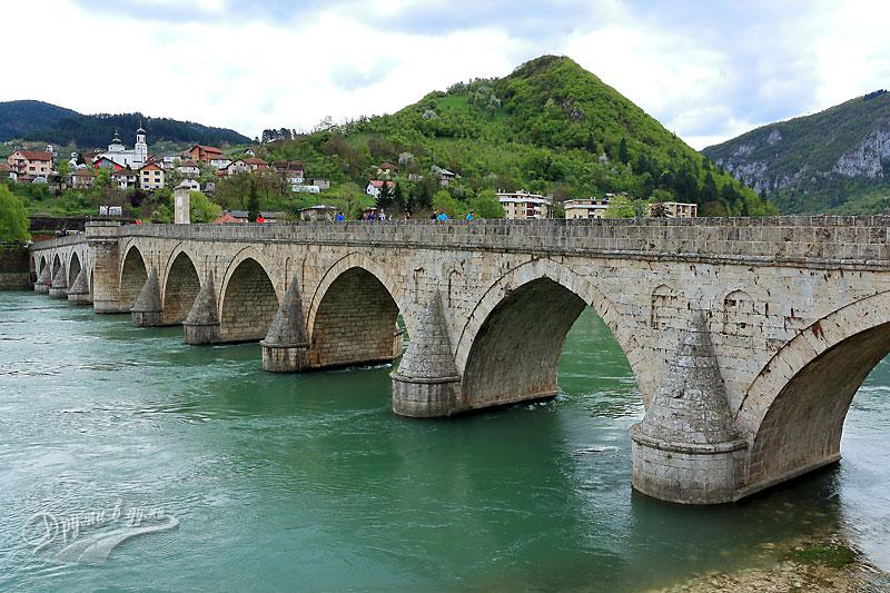 Мостът на река Дрина във Вишеград