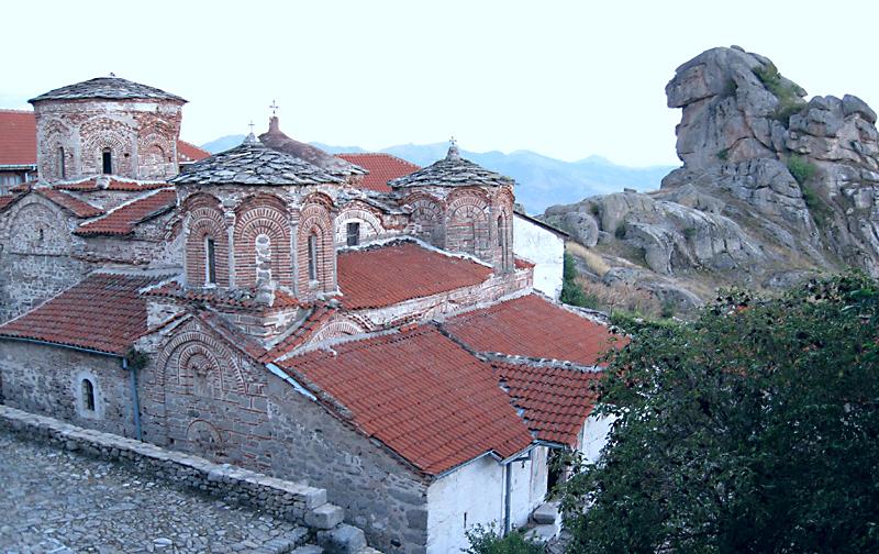 Манастир Трескавец: старинната църква