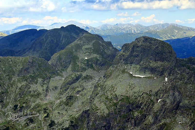 Гледки от връх Мальовица: поглед към връх Мусала