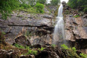Екопътека и водопад Боров камък