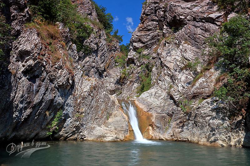 Sini vir waterfall near Medven
