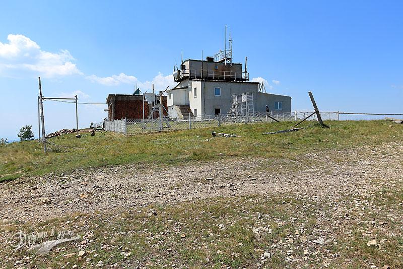 Връх Мургаш: метеорологичната станция