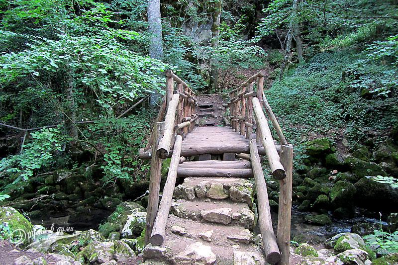 Екопътека Извори и пещери