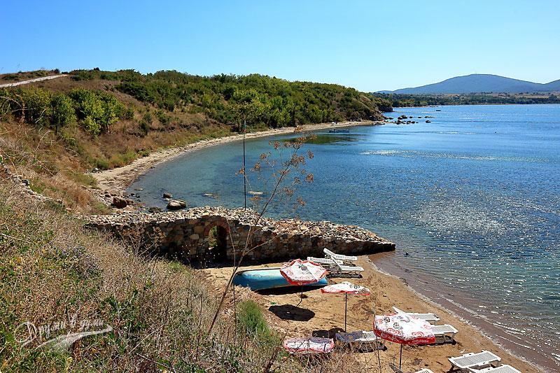 Крепост Акра: поглед към залива Вромос
