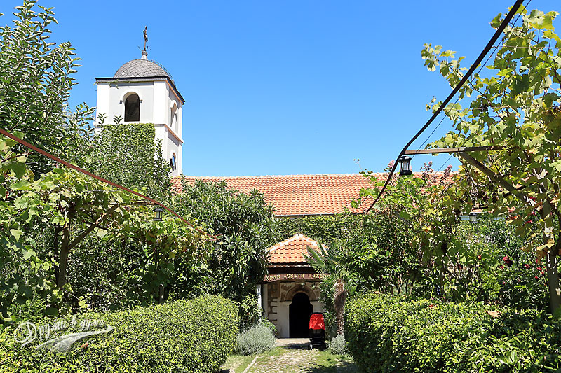 Черноморец: църквата Св. Николай Чудотворец