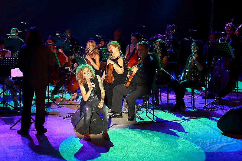 Люси Дяковска и Плевенската филхармония