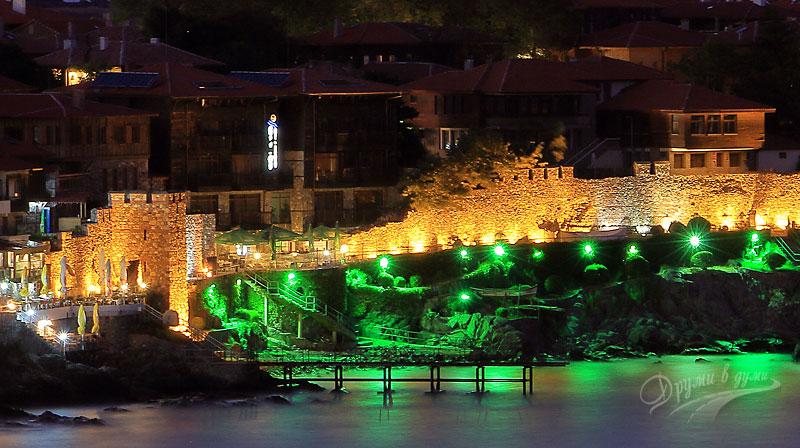 Поглед към стария Созопол и Южната крепостна стена