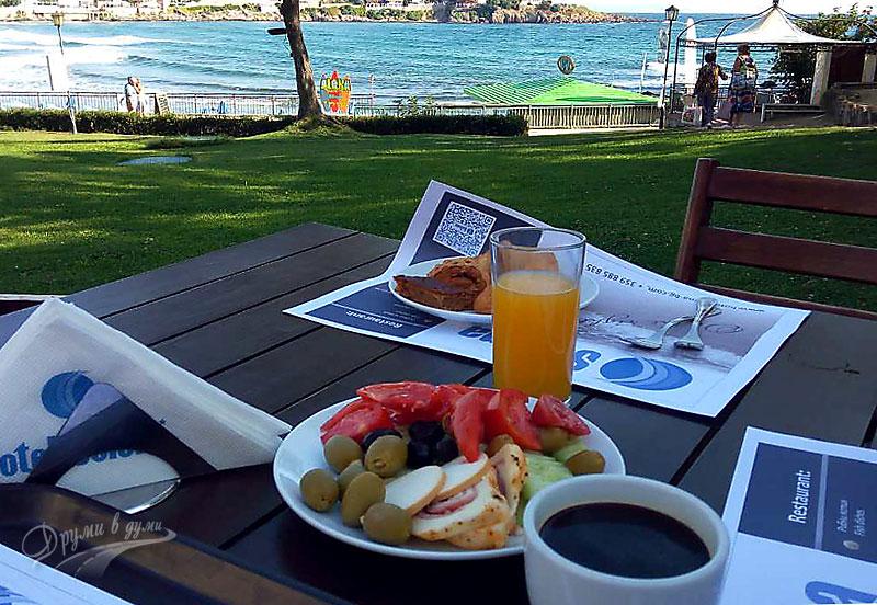 Хотел Селена: да си пиеш кафенцето на брега на моренцето