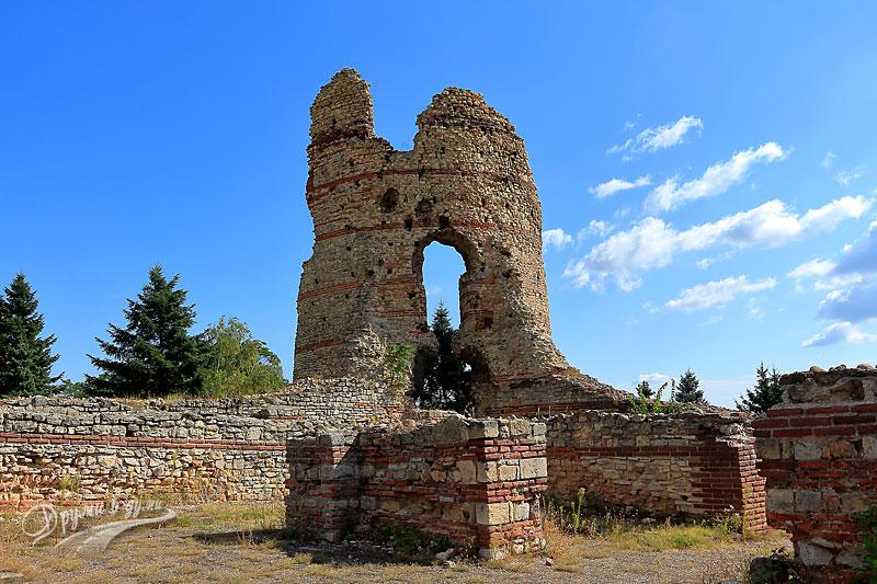 Крепостта Кастра Мартис в град Кула